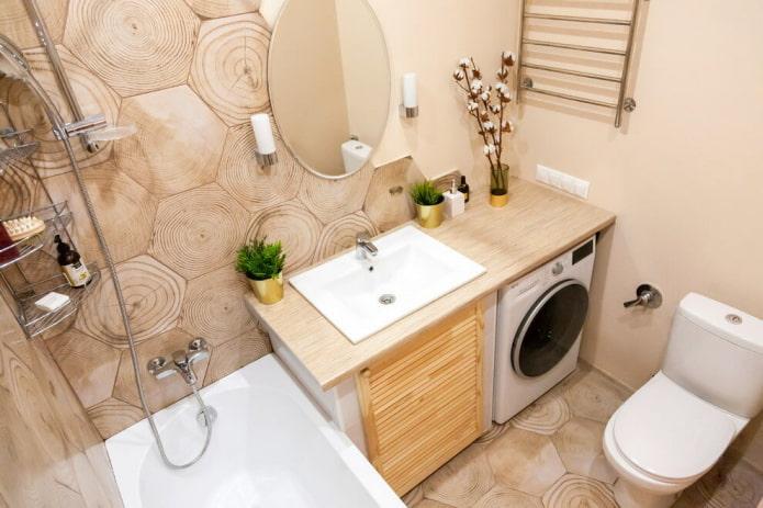 плитка под дерево в ванной