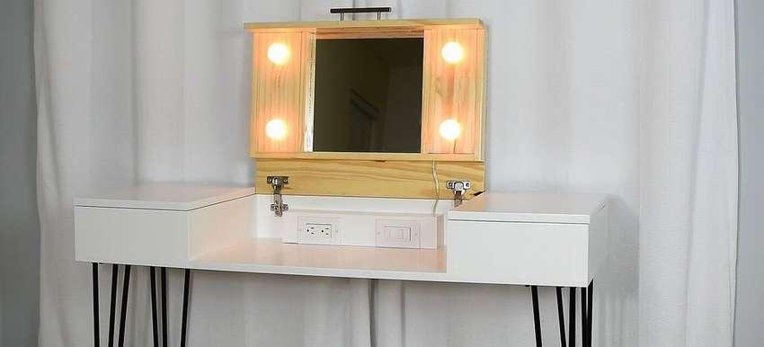стол для макияжа с зеркалом своими руками
