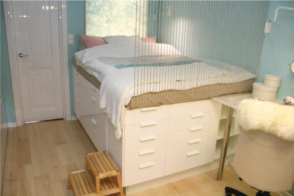 Кровать-комод в классическом стиле