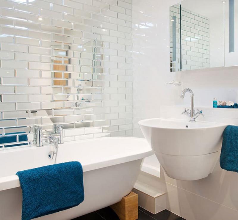 Маленькая ванная комната (интерьер) 8