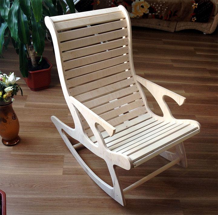Кресло-качалка с анатомической спинкой