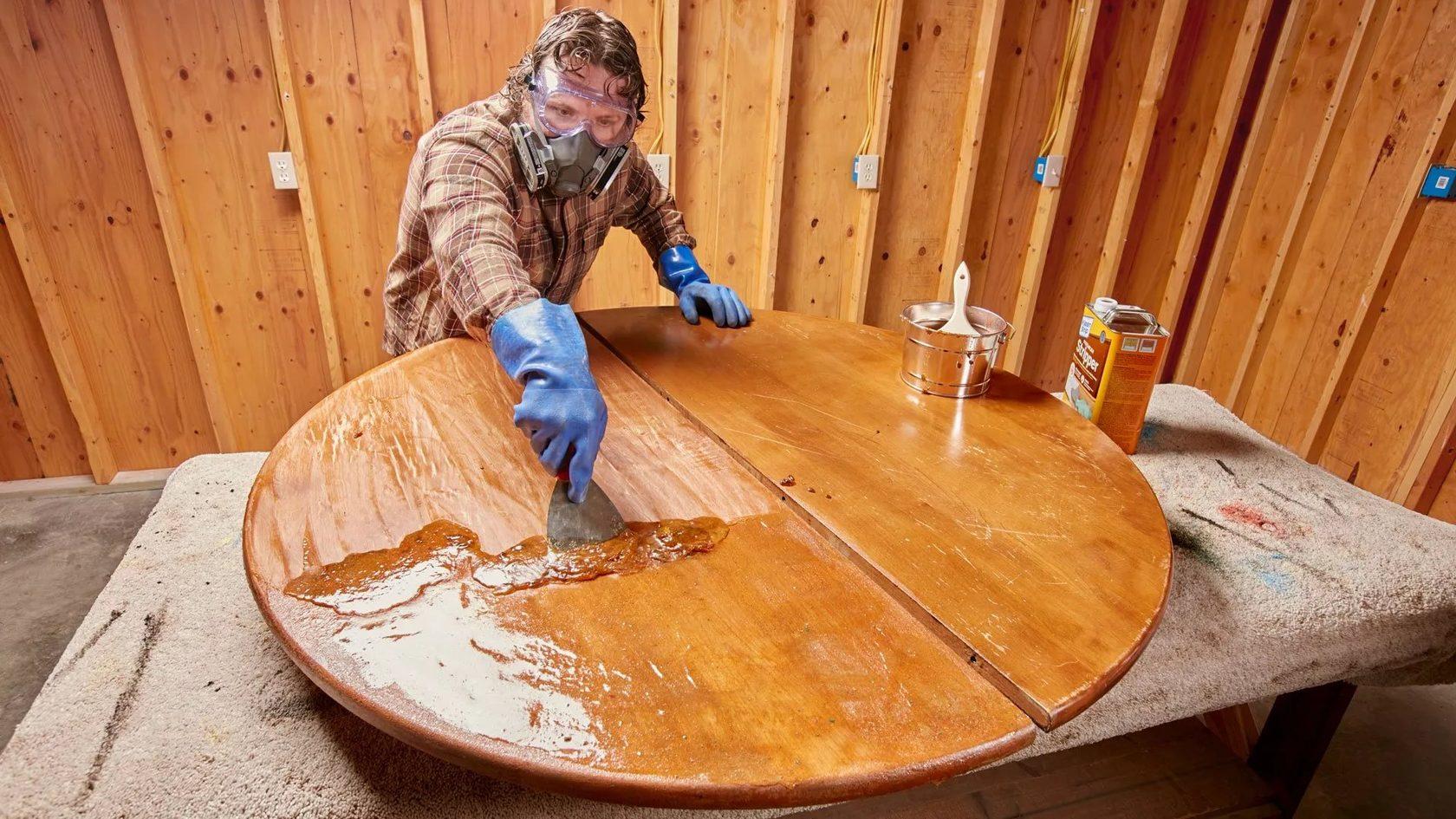 покрытие мебели воском