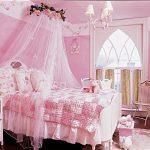 Дизайн розовой комнаты для девочки