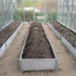 Грядки в теплице 3 на 6: чем огородить и из чего лучше сделать, фото, грядки для ленивых, планирование, схемы посадки своими руками